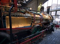 Cutaway_steam_locomotive